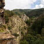 Via Ferrata de Planfoy et vue sur le Rocher de la Roche Corbière