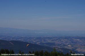 Vol de parapente au sommet du Pilat près de la Jasserie