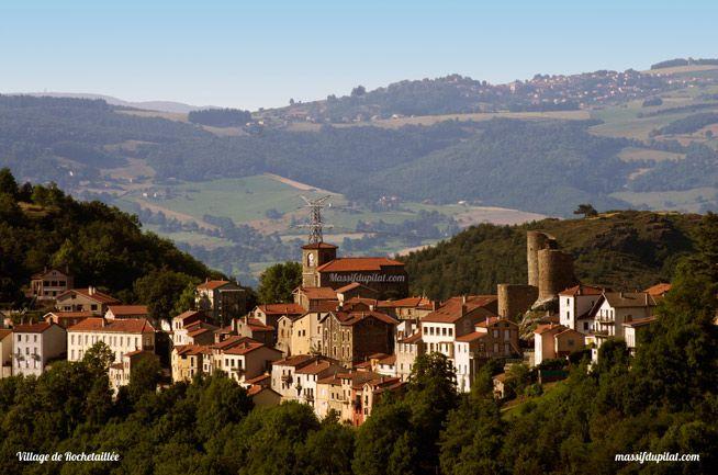 Village de Rochetaillée au pied du Pilat à la sortie de Saint-Etienne