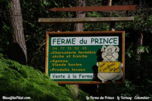 Panneau sur la route de La Ferme du Prince