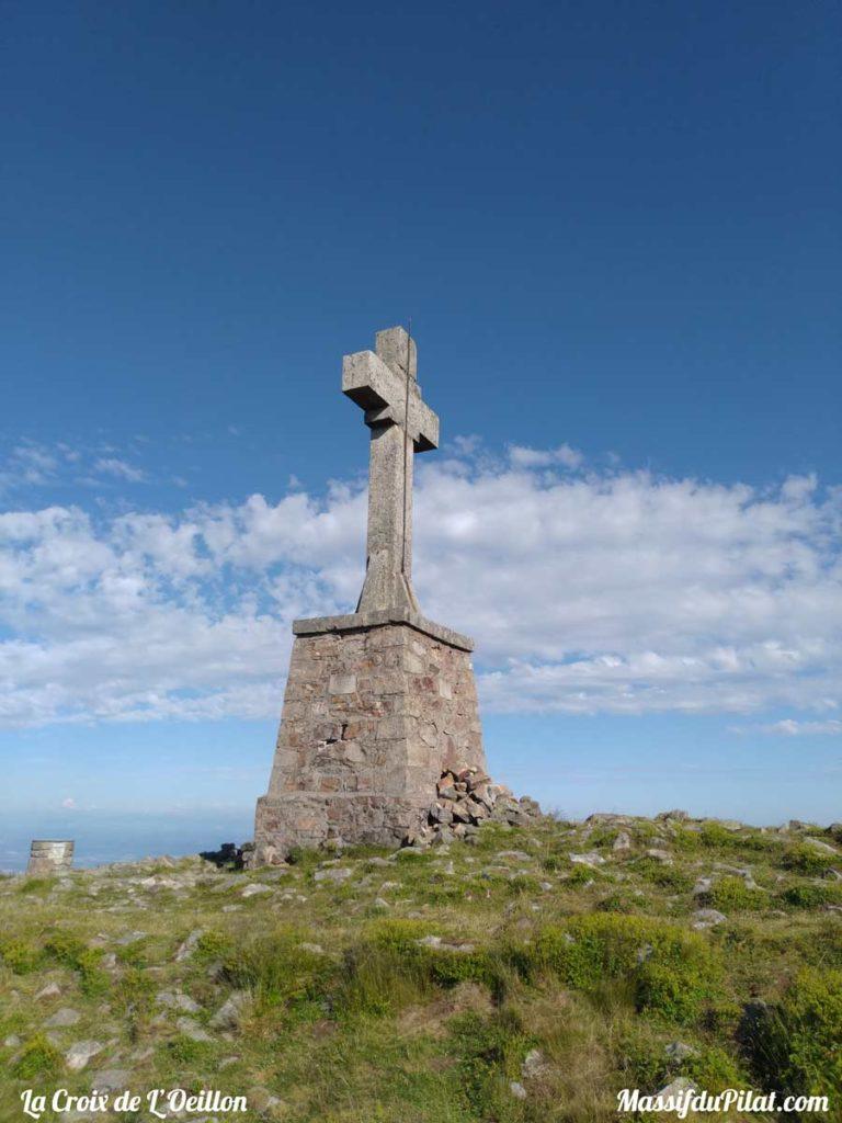La Croix de l'Oeillon dans le Massif du Pilat