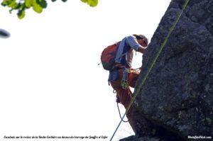 Escalade à Rochetaillée sur le Rocher de la Roche Corbière au dessus du barrage du Gouffre d'Enfer