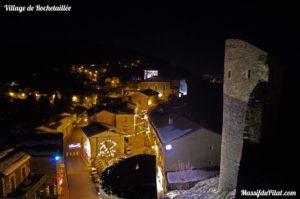 Le village de Rochetaillée de nuit - Loire - Pilat