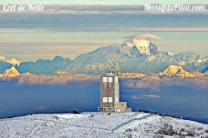 Le Crêt de Botte et le Mont Blanc depuis le Crêt de la Perdrix dans le Pilat (42)